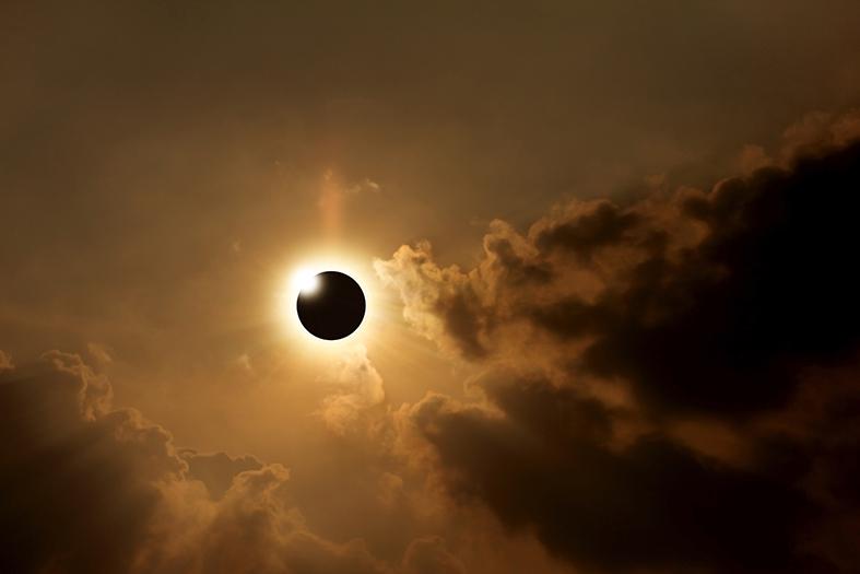 Esgar Viajes-Eclipse solar en Islas Feroes